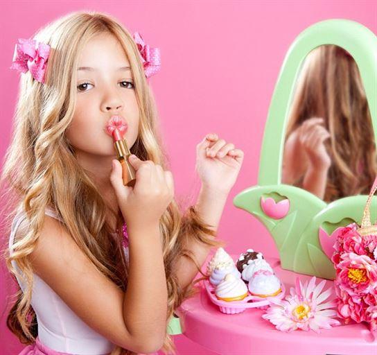 Children and Makeup