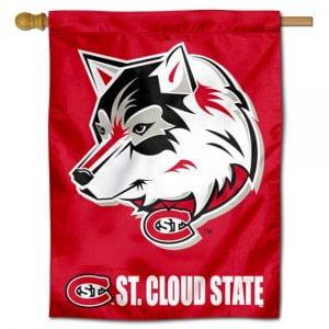 Huskies Flag