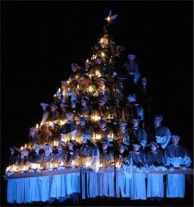 Belhaven Singing Christmas Tree