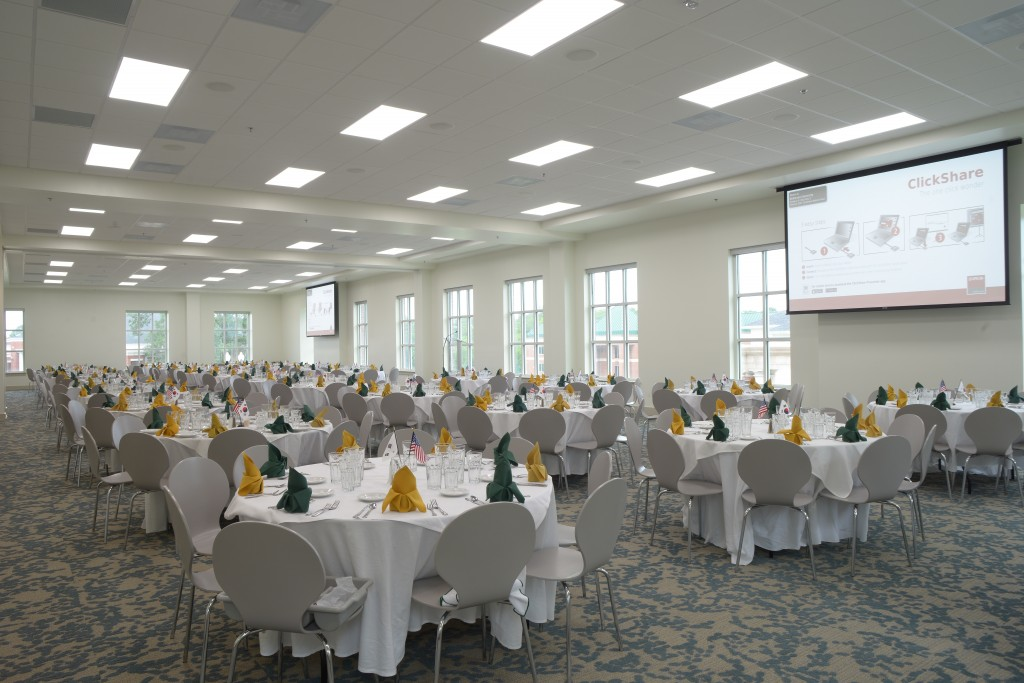 The facility allows for multifunction events, including banquets.