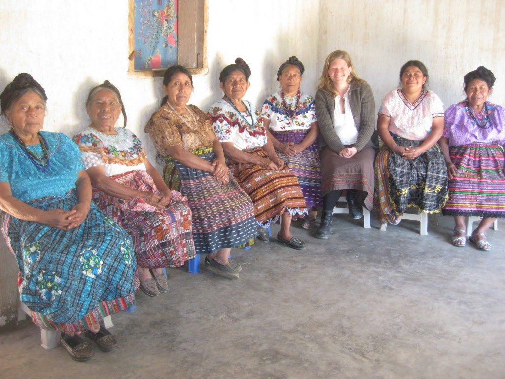 Sarah's first meeting with the midwives of San Pablo