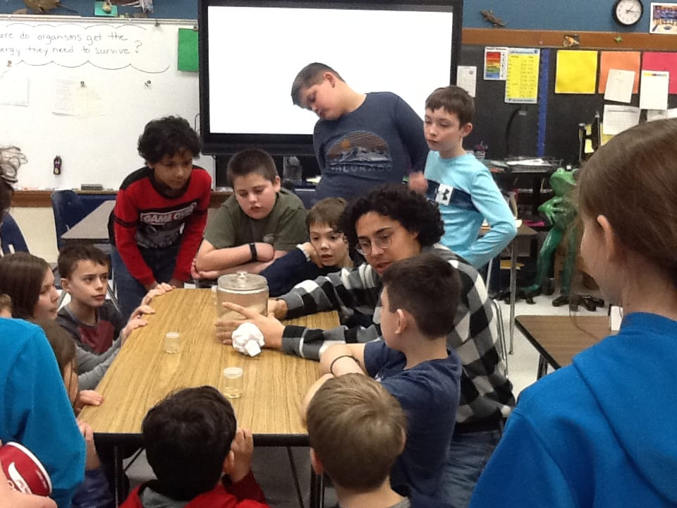 Santi teaches Middle School students about neuroscience