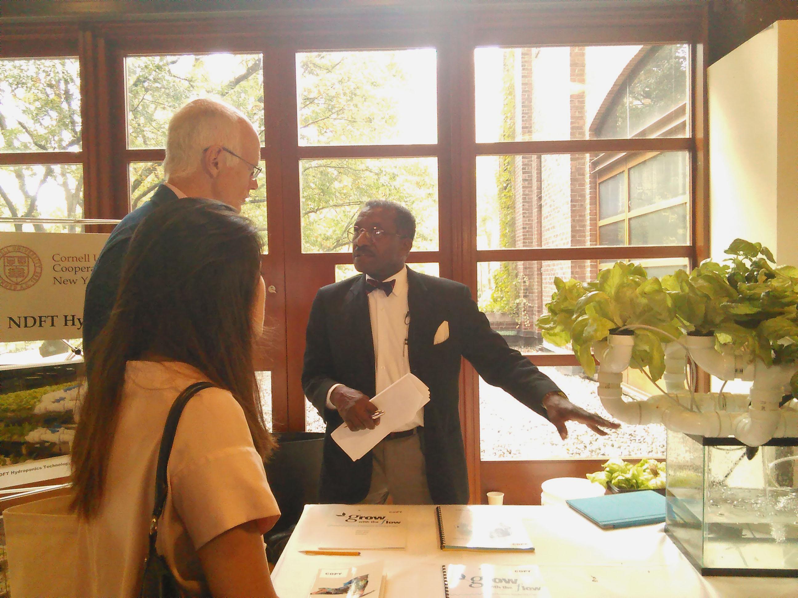 Cornell Staff Advise NYC Urban Farmers At Symposium |