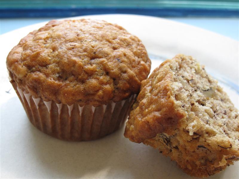 Banana-Oat-Lactation Muffins | The Nurturing Way