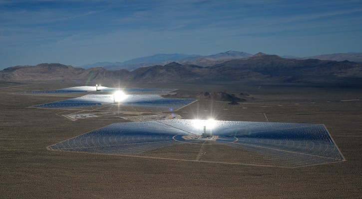 The the Ivanpah Solar Electric Generating System (SEGS). Photo by Getty Images photographer Ethan Miller.