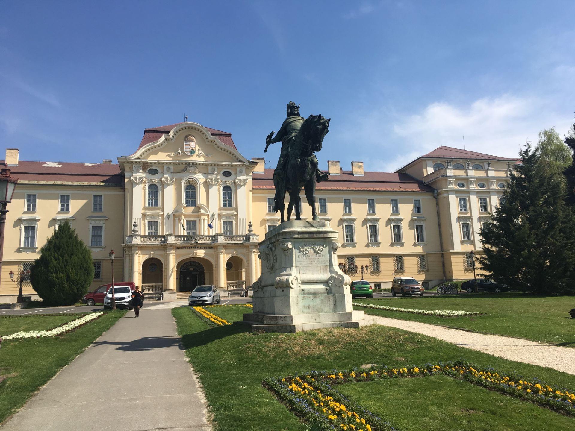 Szent Istvan University in Hungary