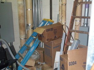 We can't always blame the teachers and students. This cluttered custodial closet provides pest harborage and makes inspection and cleaning difficult.