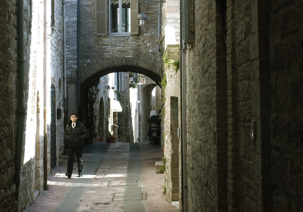 Walking along the intimate streets of Assisi