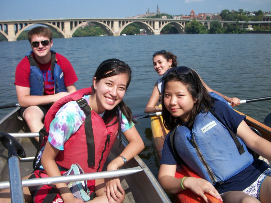 Paddle on the Potomac