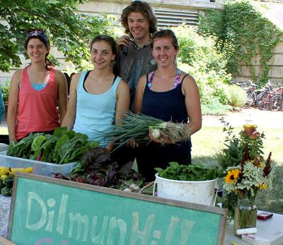 Dilmun Hill farmstand