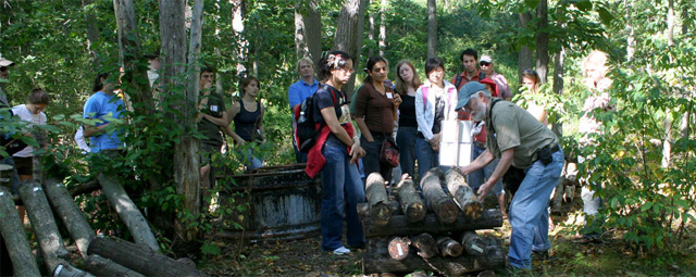 Shiitake mushroom demonstration at MacDaniels Nut Grove