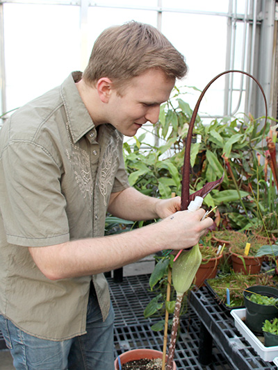 Plant breeding graduate James Keach, one of three 2015 Dreer Award winners, will study impatiens Thailand.