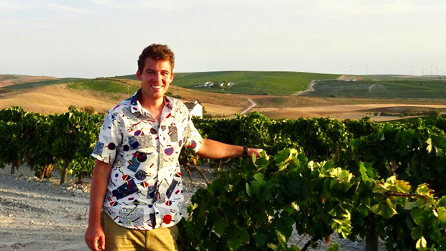 2015 Dreer Award winner Adam Karl, now a PhD student in the Graduate Field of Horticulture, traveled to Spain to study dryland viticulture.
