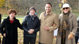 Ithaca mayor Svante Myrick stopped by to check on the tree planting, along with 'Urban Eden' instructor Nina Bassuk (left) and Ithaca Garden Club members Beverly Hillman and Beatrice Szekely. (Photo: Carol Eichler)