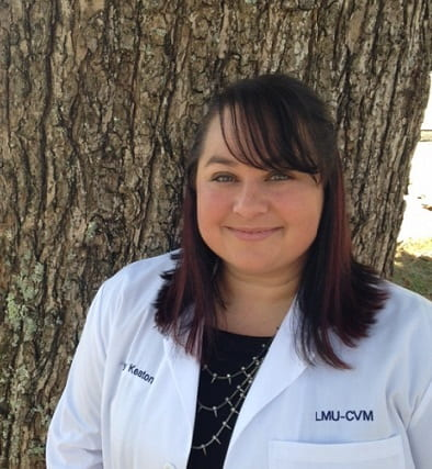 Dr. Joy Keaton, 2020 Cornell Maddie's Shelter Medicine Intern headshot