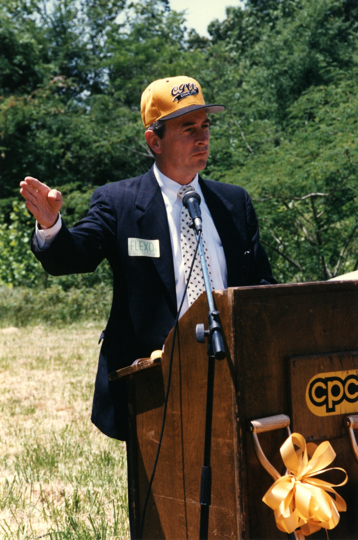 Dr. Zeiss speaking at the Ground Breaking Ceremony of the Southwest Campus in 1999. The Southwest Campus was renamed the Harper Campus in 2004.