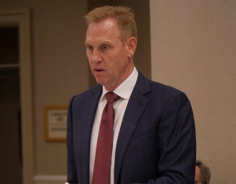 Deputy Defense Secretary Discusses Pentagon Cloud Program