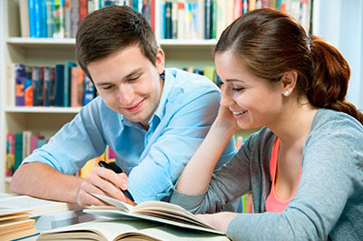 college-students-studying-2