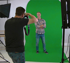 Larger 7x9x7 green screen for full-body images