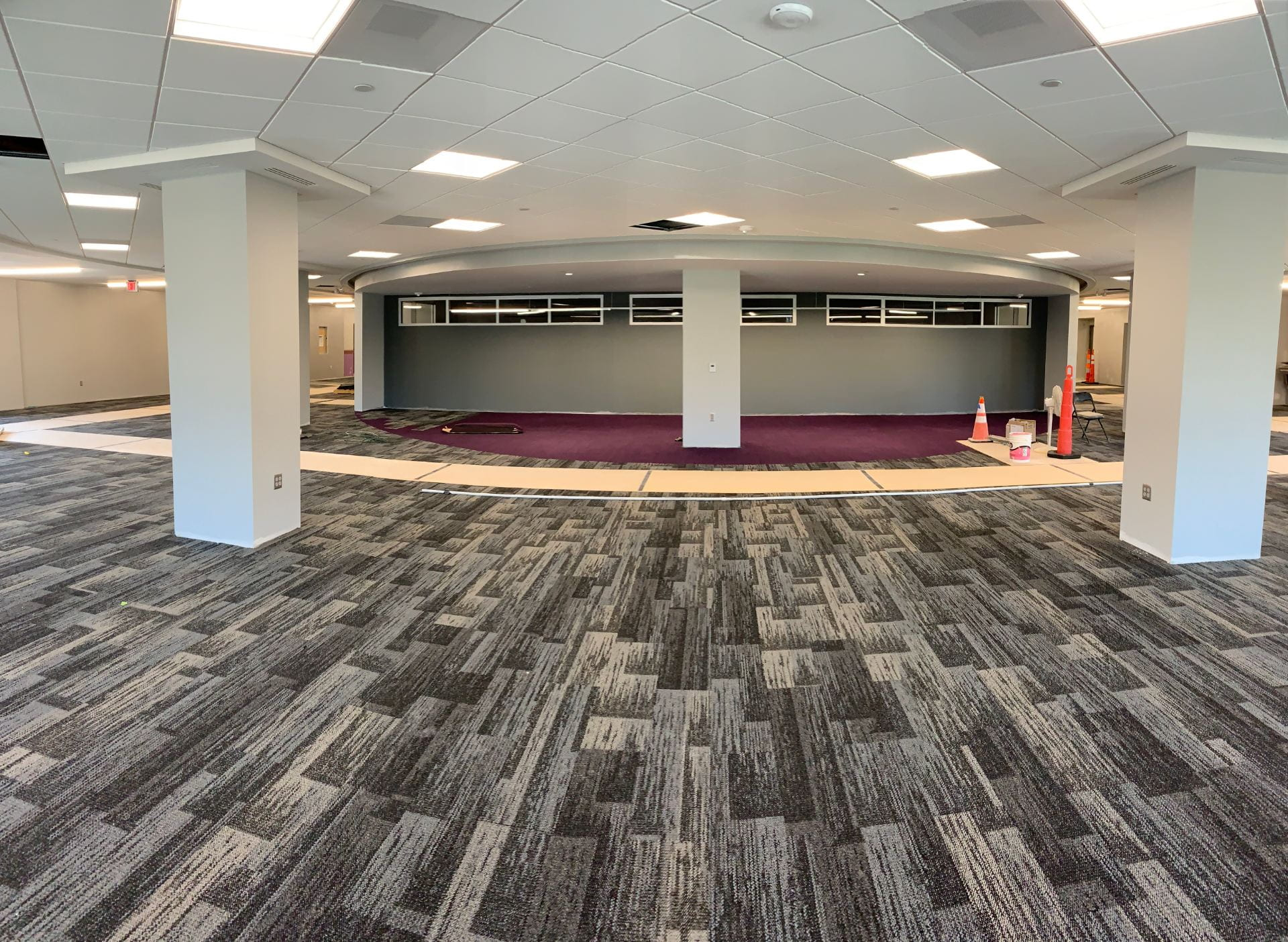 The area outside of the Friends of the K-State Libraries Instruction Room is carpeted as well.
