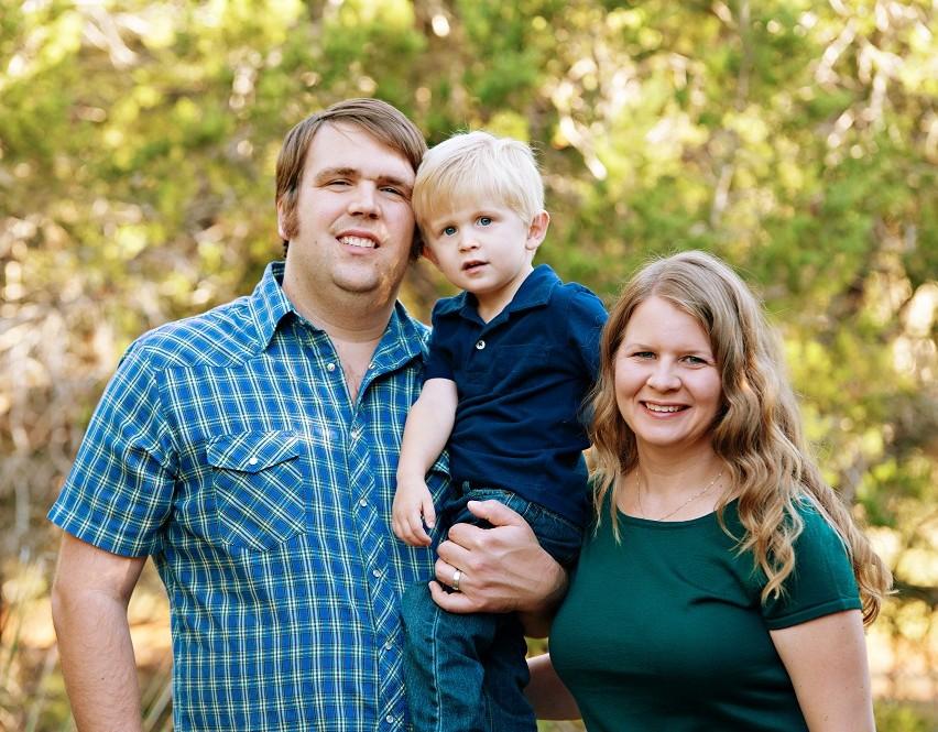 Texas MBA Student Jocelyn Sexton and Family