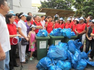 Members of Nee Soon community cleaning up at a litter-picking acitivity