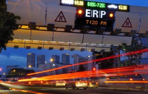 Electronic Road Pricing in Singapore Source: https://sg.news.yahoo.com/blogs/singaporescene/why-coe-erp-show-no-love-common-man-094450496.html