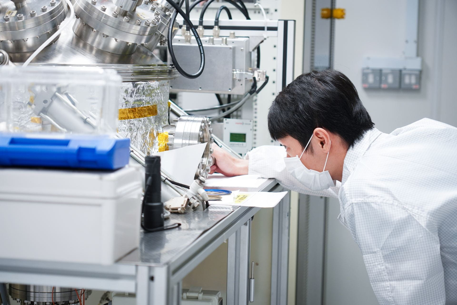 They PhDid It! (Part 5): Dr Gan and Spintronics | Science @ NTU
