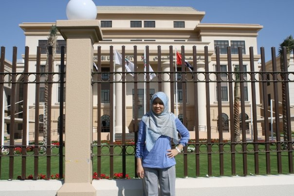 Dr Intan at Abu Dhabi University