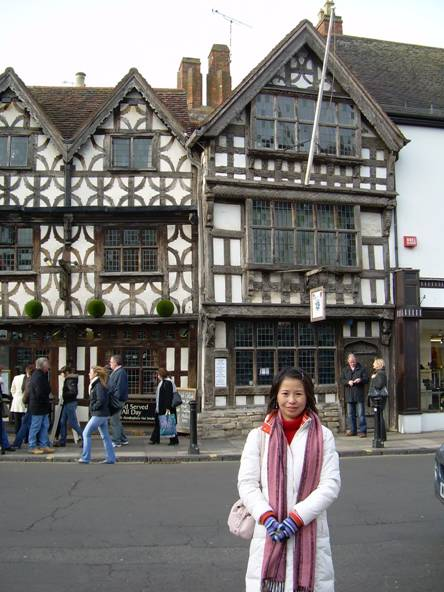 Shiyan at Shakespeare's Hometown