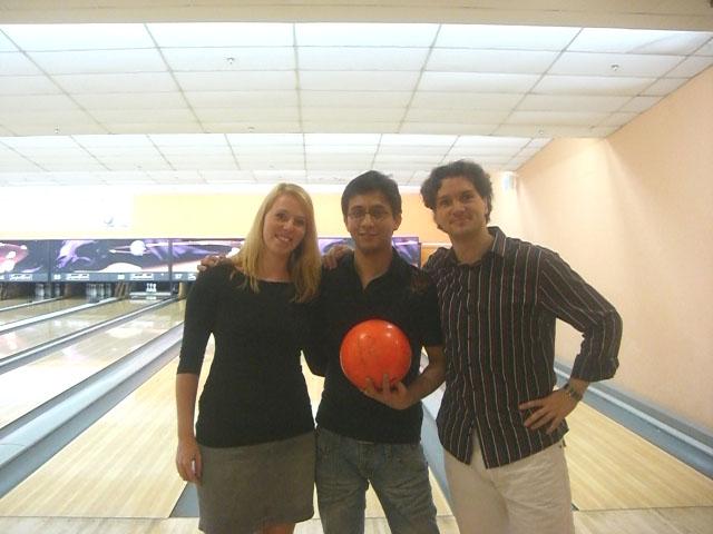 The NANYANG MBA Bowling Activity 2011