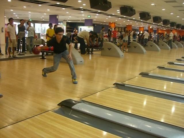 The NANYANG MBA Bowling Activity