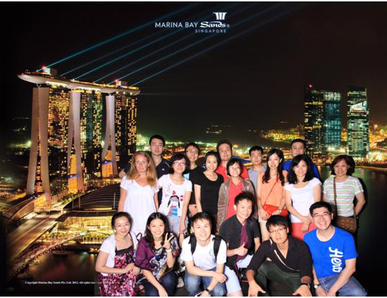 …at the Sky Lounge of the now famous Marina Bay Sands, Singapore (Me - Mimi or Ming-Min, in black, middle row,  3rd from left!)