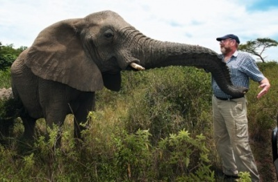 Taken from http://www.sustainable.co.za/blog/2013/12/like-share-lawrence-anthony-book-review-the-last-rhinos/