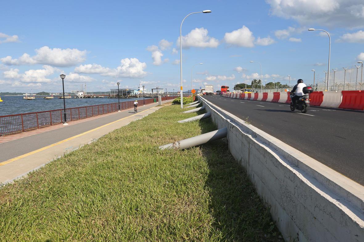 http://www.straitstimes.com/singapore/as-sea-levels-rise-singapore-prepares-to-stem-the-tide