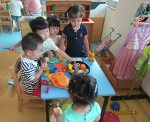 back-to-school-ece-playing