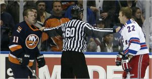 NHL referee stops fight