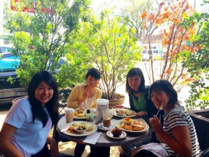 Brunch with Keiko Kato and some of my fellow TOMODACHI STEM participants. - Yoko Amazaki