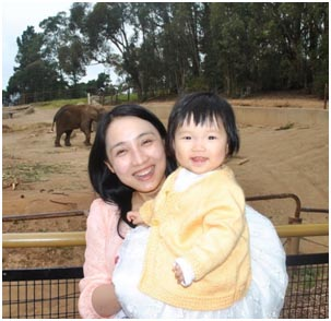 CS PhD alum Angela Zhu at Zoo