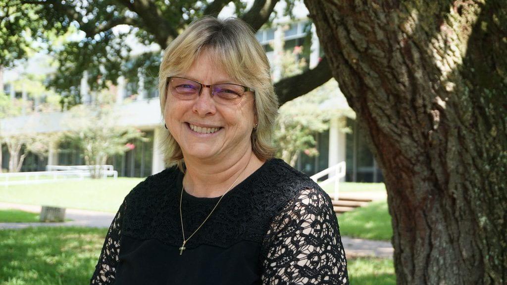 Rice MCS alumna Sharon Goza manages NASA's IGOAL lab.