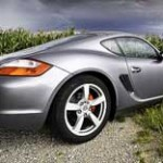 Does driving a Porsche make a man more desirable to women?