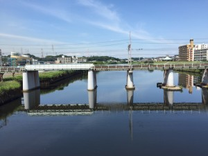 Tsurumi River: View of the river from the bridge on my daily commute from the international dorm to Keio's Yagami campus. ~ Rony Ballouz