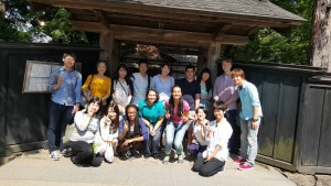 Group Photo in Kakunodate: We took a group photo outside one of the samurai houses with some fellows, Akita students, and KIP students.