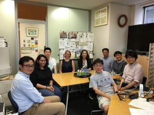 Lab Visit! Kono-sensei, Sarah, Packard-san, Ogawa-san, and Endo-san all visiting the lab! ~ Brianna Garcia