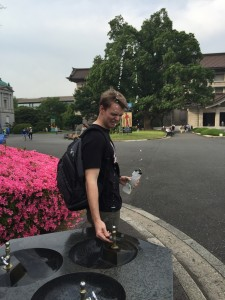 BONUS! Ben vs the water fountain at Tokyo Art History Museum. I know Packard-san wanted this one. Guidebook photo for next year? - Daniel Gilmore