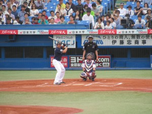 Japanese Baseball Game: We were inspired by Shimizu-sensei's lecture to see a baseball game for ourselves!