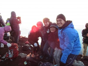 Fuji Squad: Victory picture at the summit! ~ Sasha Yamada
