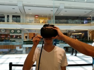 "Close encounter of ""VR Game"". I and Miwa experienced this tricky new generation's game at Galleria on Sunday Sep 4th before Labor Day. ~ Takuya Kurihana"