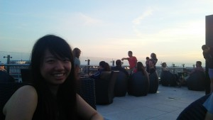 Relaxing at the rooftop of the Hampton Hotel with Unon-chan. The view was so beautiful. Unon-chan is so cute. ~ Soya Miyoshi