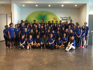 Houston Food Bank Joined one of activities of the Outreach Day this weekend, in which students support refugee people, and helped packaging food at Food Bank. ~ Toshihiro Takada